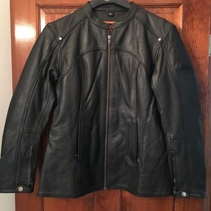 First Manufacturing ladies black leather jacket